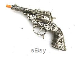 1940 MINT Vintage Cast Iron PAWNEE BILL SOLID STEEL REVOLVER Cap Gun Toy UNFIRED