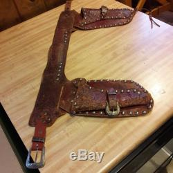 1950-60's Roy Rogers Leather Double Holster With 2 Kilgore RR Toy Cap Guns