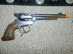 1950's ALAN LADD SHANE WESTERN COWBOY HOLSTER & GUN CAP PISTOL SCHMIDT VGC