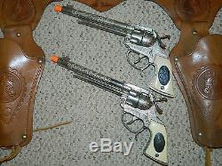 1950's MAVERICK (JAMES GARNER) COWBOY LEATHER HOLSTER & GUN CAP PISTOLS VGC