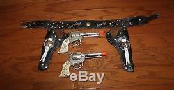 1950s HOPALONG CASSIDY CAP GUN & HOLSTER SET