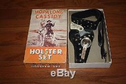 1950s HOPALONG CASSIDY CAP GUN & HOLSTER SET WITH THE ORIGINAL BOX