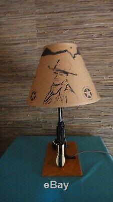 1950s Texas Ranger 44 LESLIE-HENRY Cap Gun Lamp With John Wayne Shade/ Western