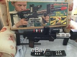 1965 Topper Toys Working Crime Buster Police Toy Gun withOriginal Box & Accessory