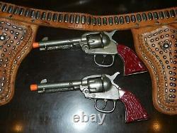 2 2nd Model KILGORE Big Horn Cap Guns and outstanding double holster NICE SET