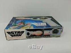 Astro Beam Laser Ray Gun Space Toy Pistol Blaster Weapon with Box Working 60s VTG