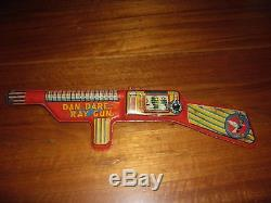 DAN DARE RAY GUN METTOY TINPLATE VINTAGE 1950s EAGLE COMIC VERY RARE SPACE TIN