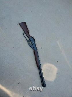 Daisy Model No. 94 Red Ryder Carbine BB Gun Air Rifle