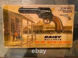 Daisy model 179 Peacemaker Six Gun BB pistol with box 1960's