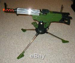 Defender Dan Deluxe Reading Corp. Topper Toys Toy Machine Gun Look