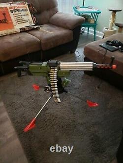 Defender Dan Toy Machine Gun 1964 With Box Works Great