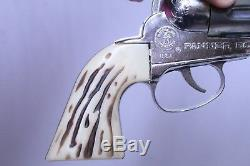 FANTASTIC VINTAGE MATTEL FANNER 50 CAP GUN IN DISPLAY BOX UNUSED With COMIC