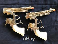 Gene Autry Leslie Henry Gold Cap Guns and Holster Set, with 3-bullets