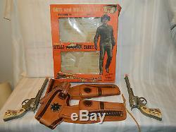 HARDTOFIND TALES OF WELLS FARGO DOUBLE CAP GUN & HOLSTER SET WithORIG BOX VERYGC