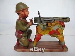 Japanese Machine Gun & Gunner, Clockwork, Tinplate & Celluloid By Manchukuo