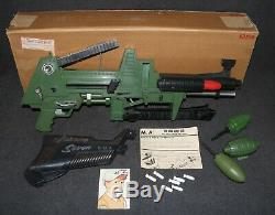 Johnny 7 Seven Topper One Man Army OMA Gun Ward Catalog Mailer Box Set