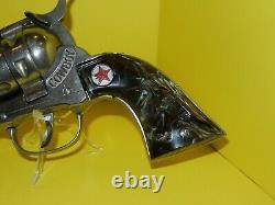 LARGE 12 inch HUBLEY COWBOY DIECAST CAP GUN VGC. Great Grips. Works Great. NICE