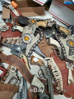 Lot of (22) Vintage Toy guns Western Cowboy Set Gun Belts Holsters