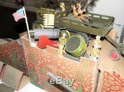 MARX 1930s MILITARY LOT 135 PIECES TRUCKS TRACTORS SOLDIERS TANK TENTS GUNS +