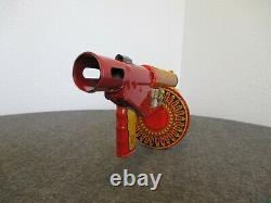MARX 1940s SIREN SPARKLING TIN-LITHO 23.5 WIND TOY GUN WithWOOD STOCK WORKS USA