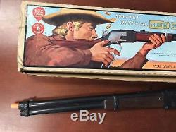 MATTEL WINCHESTER with Box Shootin Shell Cap Gun 1959 Works Vintage Rifle TOY