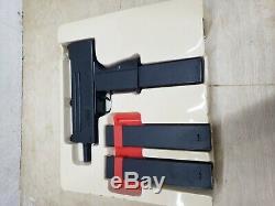 Mac-10 Water Laser Squirt GUN BANNED TOY