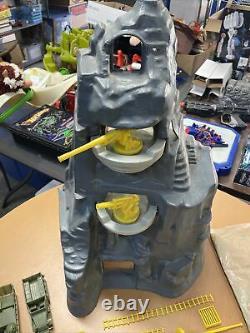 Marx Guns of Navarone vintage playset Battle Ground Soldiers Yellow Parts Tanks