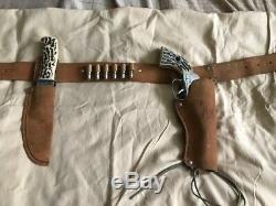 Mattel Buffalo Hunter Set Shootin Shell Cap Gun Holster Knife & 12 Bullets