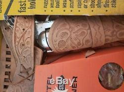 Mattel Dura Hyde Shootin Shell Gun Fighter Double Holster Set IN ORIGINAL BOX