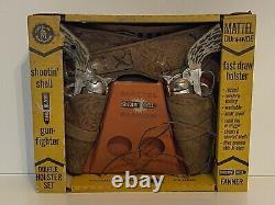 Mattel Fanner Dura Hyde Shootin Shell Gun Fighter Double Holster ORIGINAL BOX