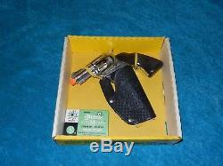 Mattel Official Dick Tracy Shoot n Shell Snub Nose 38 Cap Gun & Holster set IOB