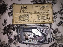 Mattel Remington Shootin Shell Belt Buckle Cap Gun In Display Case Instructions