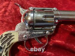 Mattel Shootin' Shell Cap Gun Set withBuckle Belt Excellent Condition