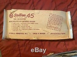 NICHOLS RANCH STALLION 45 MARK II Vintage COWBOY CAP GUN WITH BOX