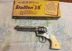 Nichol's Stallion 38 Six Shooter Toy Cap Gun & Bullets In Original Box 10 1/4