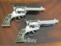 Outstanding Mattel Shootin' Shell Dual Holsters & Cap Guns Set Orig Box & Extras