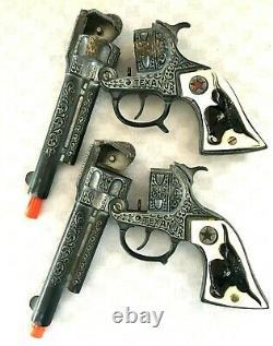 Pair 1950 Craig Head Cap Gun Holsters with 2 Texan, Jr. Cap Guns