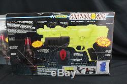 Pair 2 NOS Hasbro Electronic Survivor Shot Laser Tag Guns Vintage Toy New Sealed