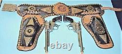 Pre-owned Deluxe Presentation Set 1950's Roy Rogers Twin Guns & Leather Holsters