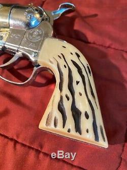 RARE Shootin Shell Fanner and Buckle Gun (2 Gun Holster Set) WITH BOX