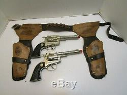 RARE VINTAGE HUBLEY OVERLAND DUAL CAP GUN SET WithHOLSTER
