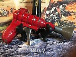 Rare 1935 Wyandotte 33 Repeater Pop Ray Gun! WORKING