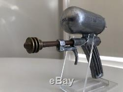 Rare Late Vintage 1940s Hiller Silver Atom Ray Gun