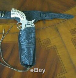 Rare Mattel Shootin' Shell. 45 Vigilante Double Holster Cap Gun Set
