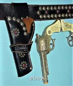 Rare Vintage 1940's Hopalong Cassidy Twin Guns & Black Leather Holster Set