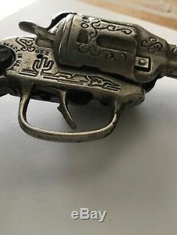 Rare Vintage Kilgore Ranger Cast Toy Cap Gun Beautiful Scrollwork