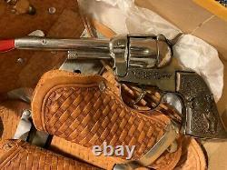 Roy Hogers Flash Draw Holster Outfit Cap Gun Set Swivel Hip Firing Action Boxed