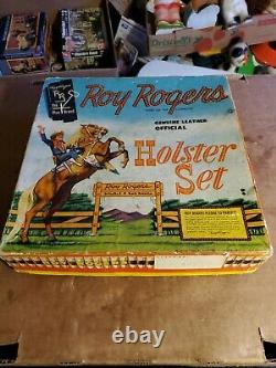 Roy Roger's Holster Set With TWIN GUNS AND BULLETS, VINTAGE IN BOX, PRE-OWNED
