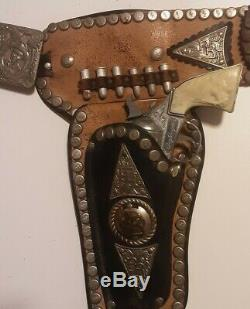 Roy Rogers Holster Set with two guns