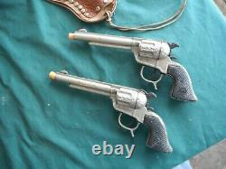 Roy Rogers Leather Cowboy Holster And Guns Set
